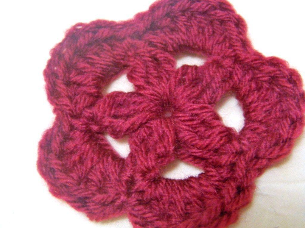 Crochet Flower Pattern Two Broke Girls Pinterest Crochet