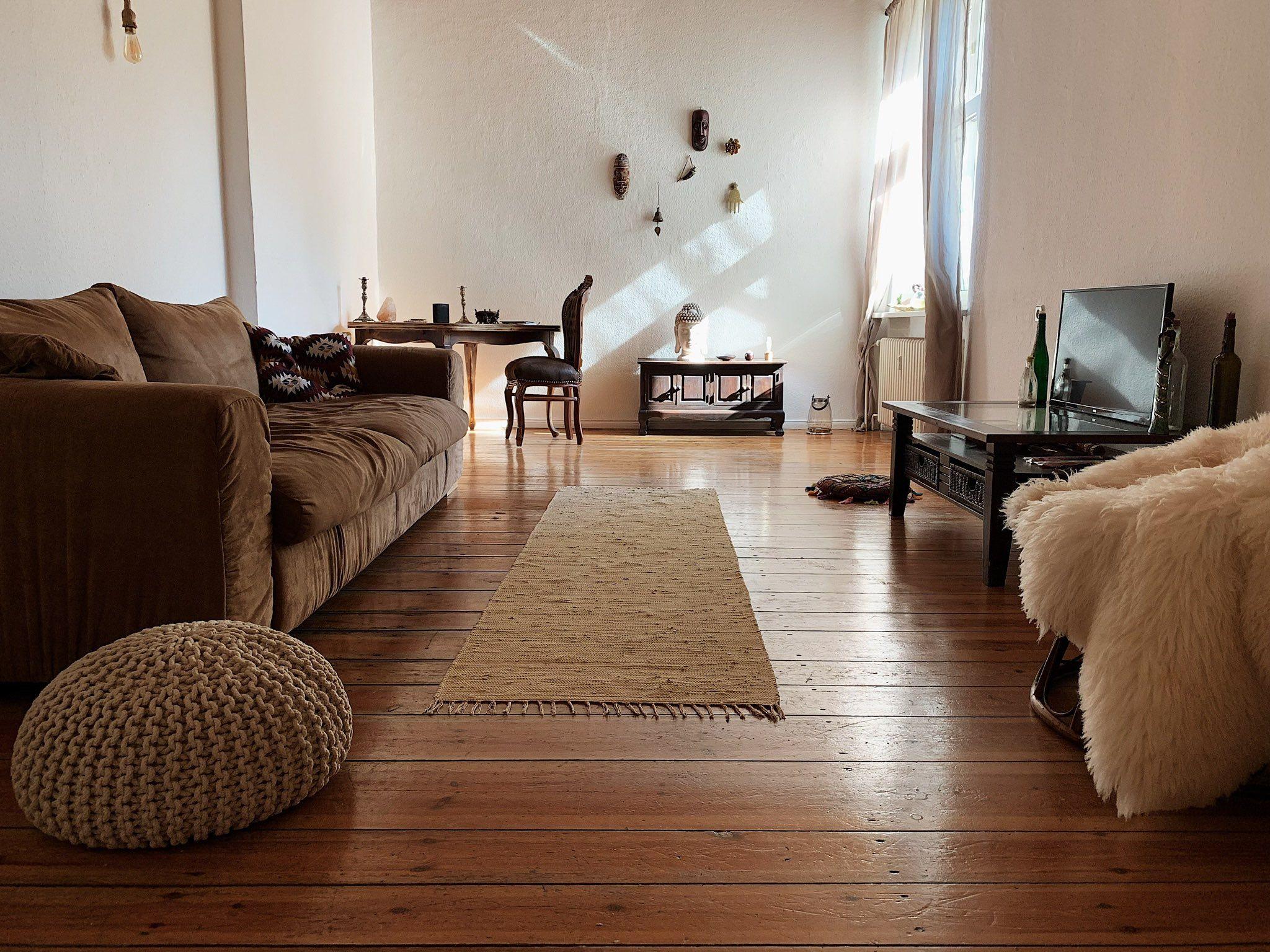Rustikales Wohnzimmer gehalten in Berlin in 3  Wohnzimmer