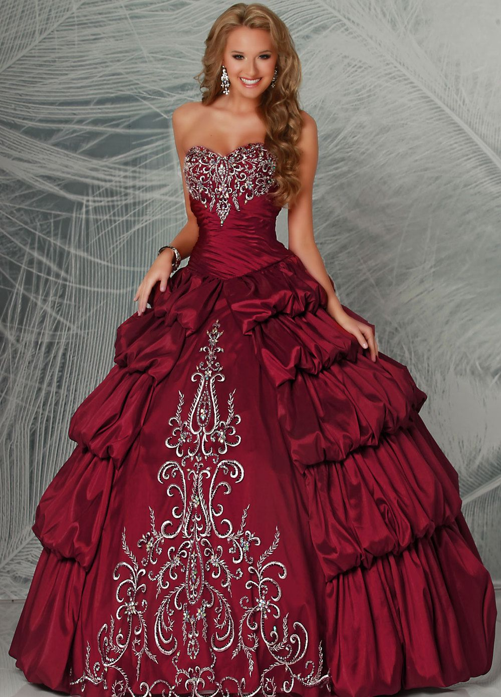 04631069ffb Aliexpress.com   Buy New Ball Gown Long Embroidery Sweetheart 2013 Quinceanera  Dress Red from Reliable Quinceanera Dress Red suppliers on Berydress.