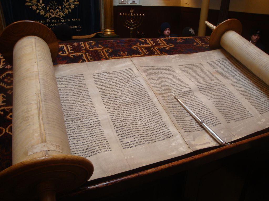 Pin by Colin Nitta on Medieval Fairytale Wedding Torah