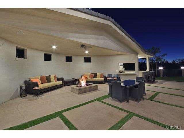 See This Home On Redfin 19602 Citrus Ridge Dr Tarzana Ca 91356