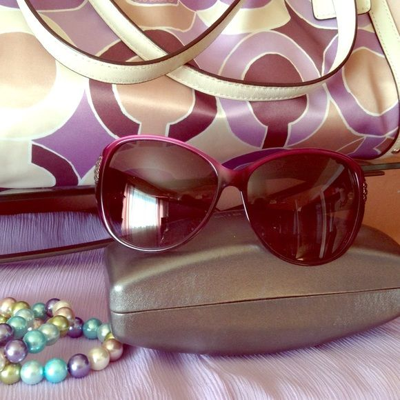 Auth David Yurman Sunglasses These gorgeous purple sunglasses make a statement  they are big and bold . They Nwt .comes with org case . David Yurman Accessories Glasses
