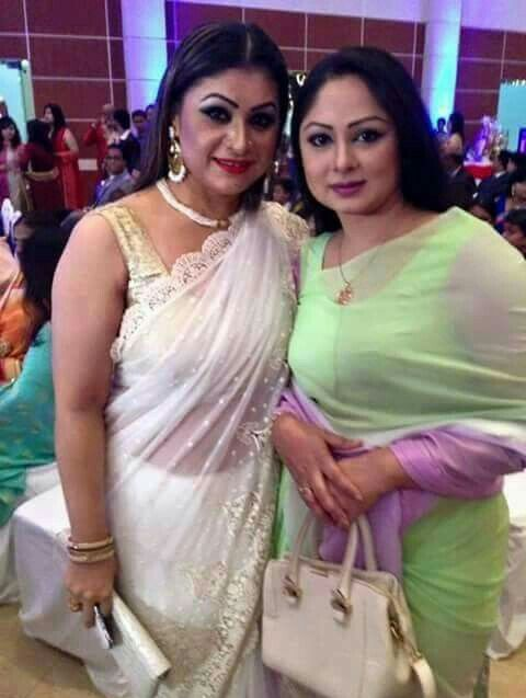 Bangladeshi Hot Aunties In Party Mode