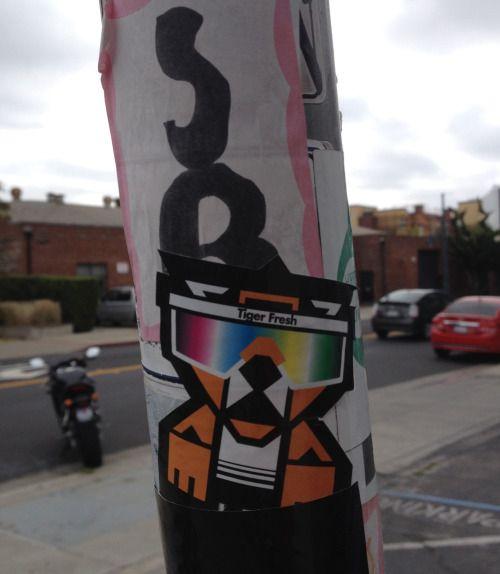 street art: emeryville #InspireArt - http://wp.me/p6qjkV-4Sf  #Art