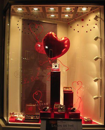 Valentine S Day Store Window In 2018 Shop Display Pinterest
