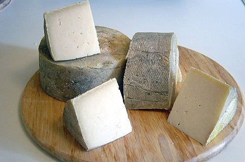 Woolsery Goat Woolsery Cheese Dorset This Fresh Tasting Cheese Is The Original Hard Cheese From The Woo Bbc Good Food Recipes Cheese Tasting British Cheese