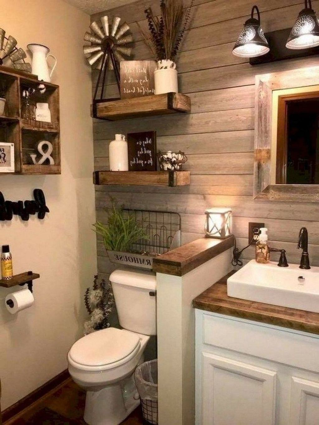45 Latest Small Master Bathroom Decorating Ideas To Try Right Now In 2020 Farmhouse Master Bathroom Farmhouse Bathroom Decor Bathroom Remodel Master