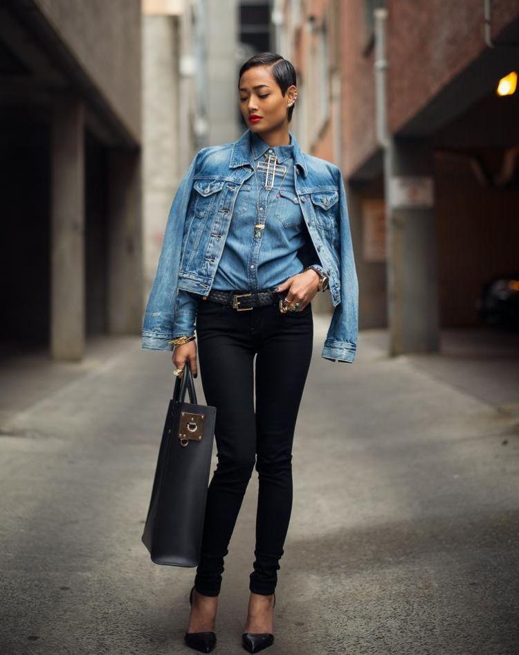 jeansjacke-damen-kombinieren-outfits-layering-slim-hose-schwarz-denim-hemd 5d6a9460df