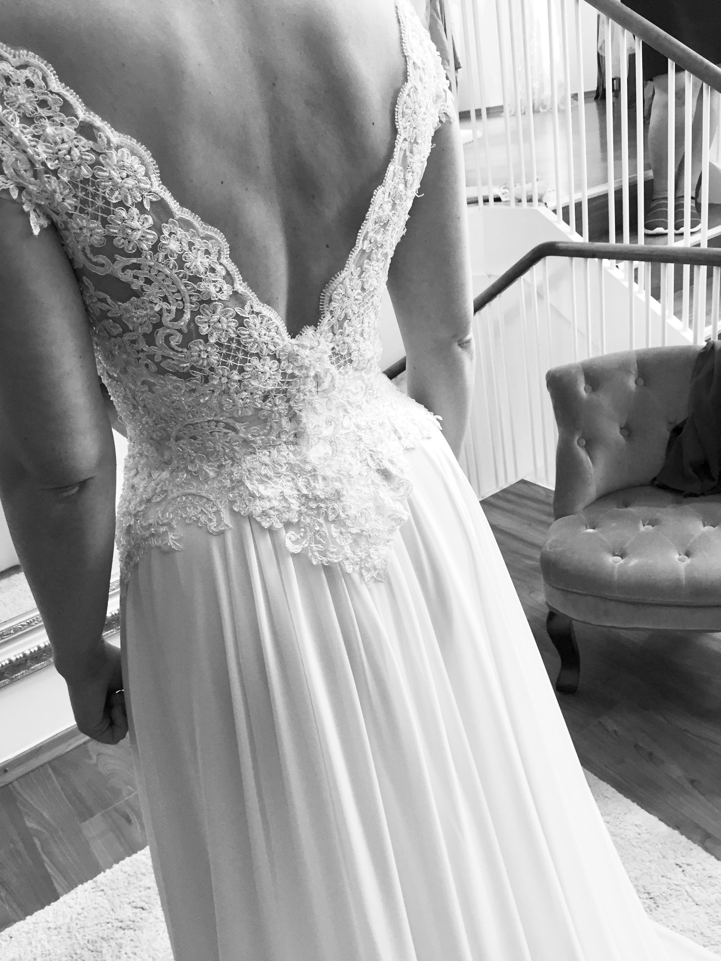 Details of a customade lace dress back made u designed in danmark
