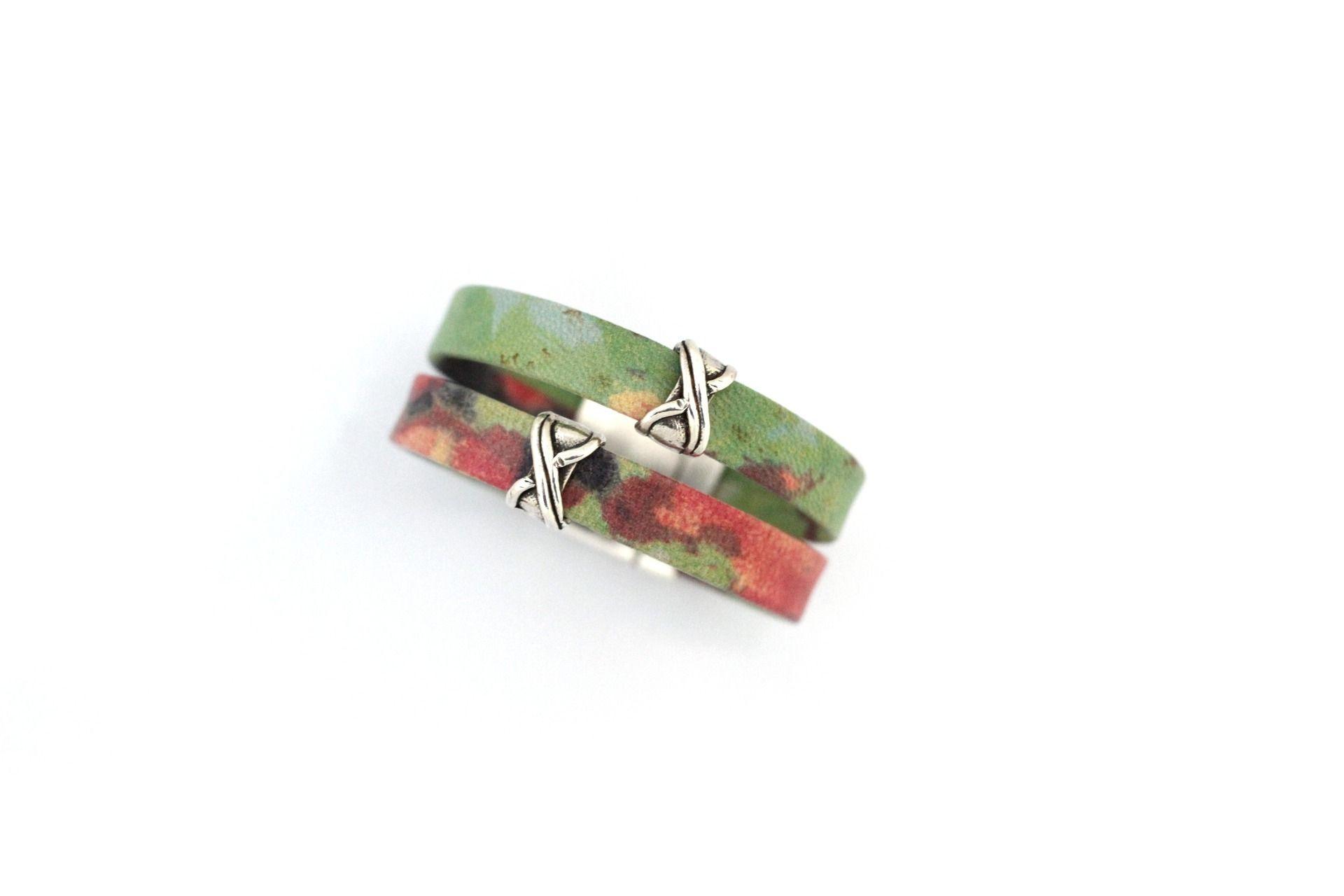 Bracelet Cuirs motif Vert Fuchsia passants en étain (Taille personnalisable à la commande) : Bracelet par creea2-atelier