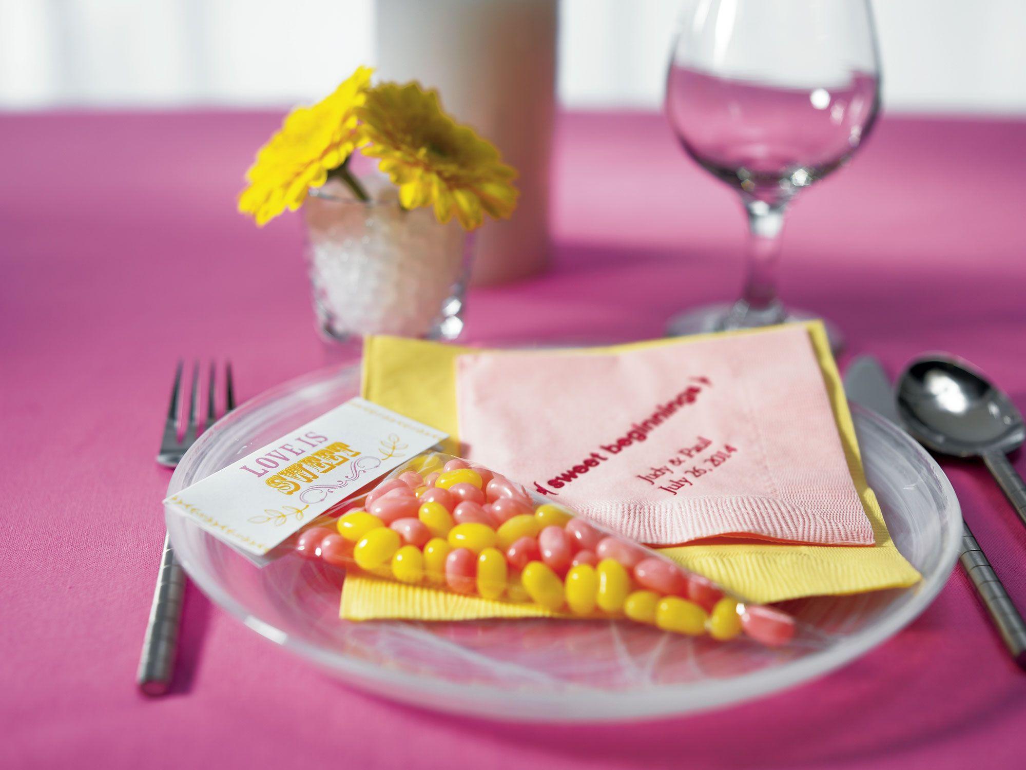 Wedding Treats: Specialty Candy Station Ideas! - Blackbride.com ...
