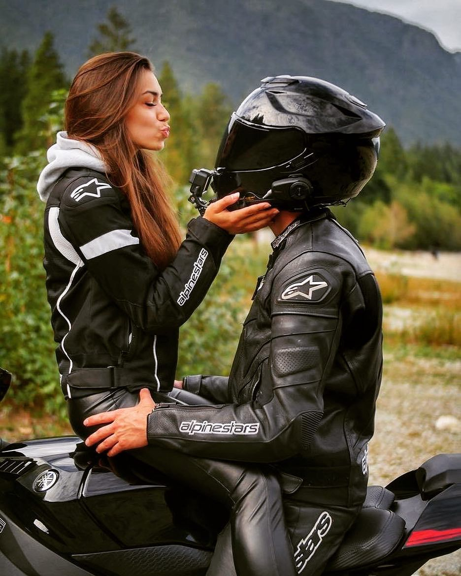 "MOTO WORLD OF WOMEN on Instagram: ""#motorbike #motobiker #motocycle #motocycler #worldofmotorcycles #motobikelovers #moto #motowomen #motowoman #motogirl #motocyclecouple…"""