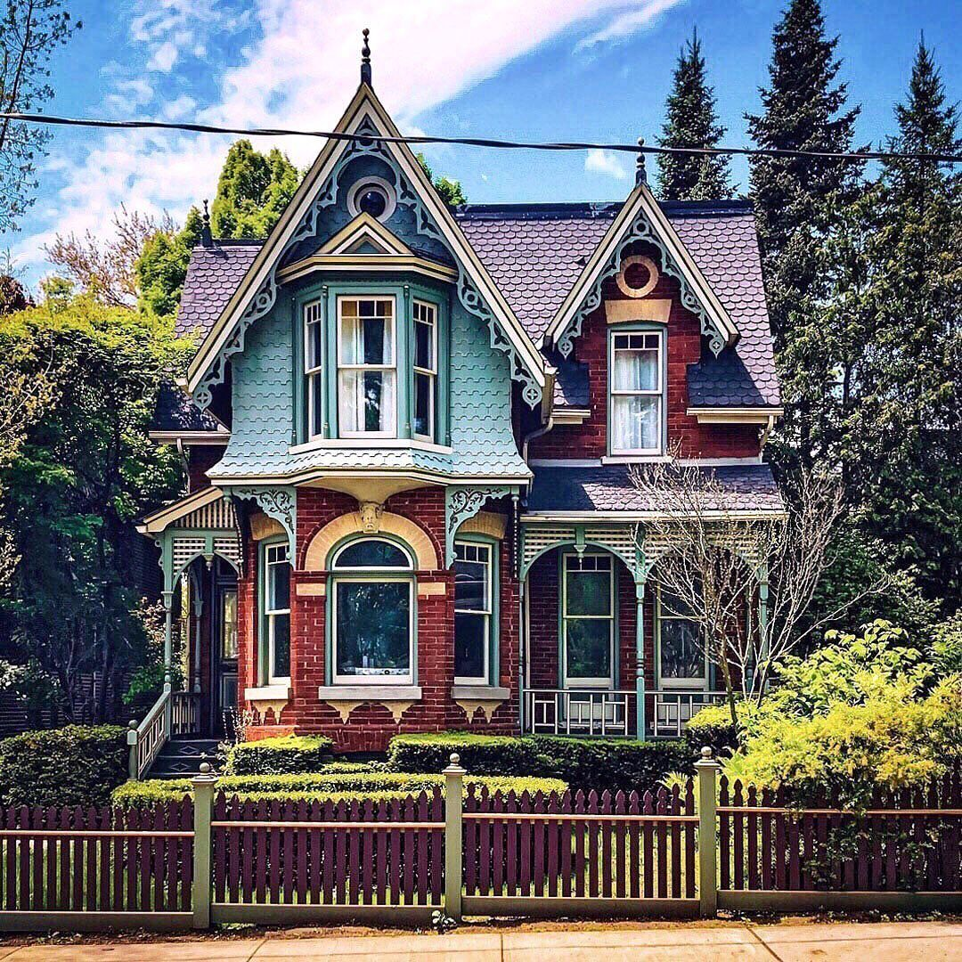 Archi Ologie On Instagram We Do What We Want Saturday Feature We Go Ga Ga For Gothic Houses Victorian Homes Exterior Gothic House Victorian House Colors