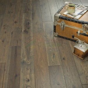 Hallmark Faulkner Hickory Novella Collection No6fauh1 6 Inch Wide Distressed Hardwood Flo Wood Floors Wide Plank Hardwood Floors Distressed Hardwood Floors