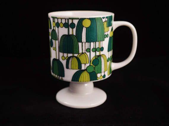 Vintage Ceramic Pedestal Coffee Mug / Tea by KitschyKitschyYAYAYE