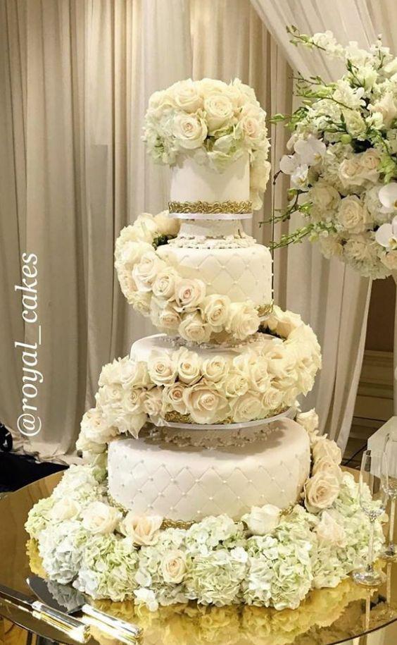 Featured Cake: Royal Cakes & Designs; Wedding cake idea. | Wedding ...