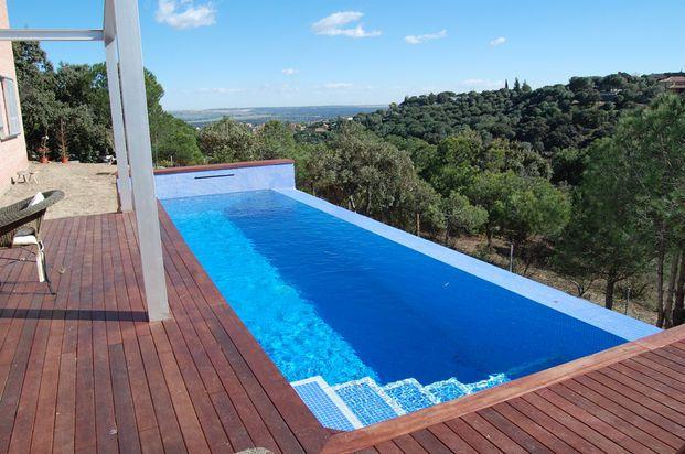 Piscina desbordante calpisi loeches piscinas en 2019 for Sonar con piscina
