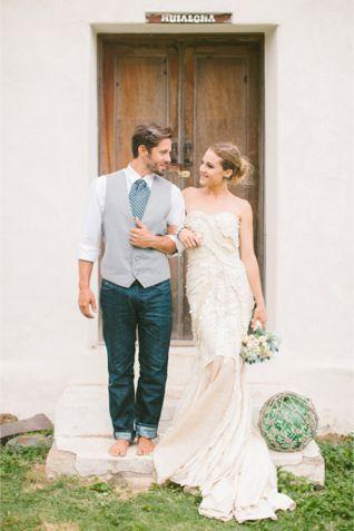 Bride and groom in Maui | Rebecca Arthurs Photography | http://burnettsboards.com/2014/01/shipwreck-themed-wedding-inspiration-shoot-maui/