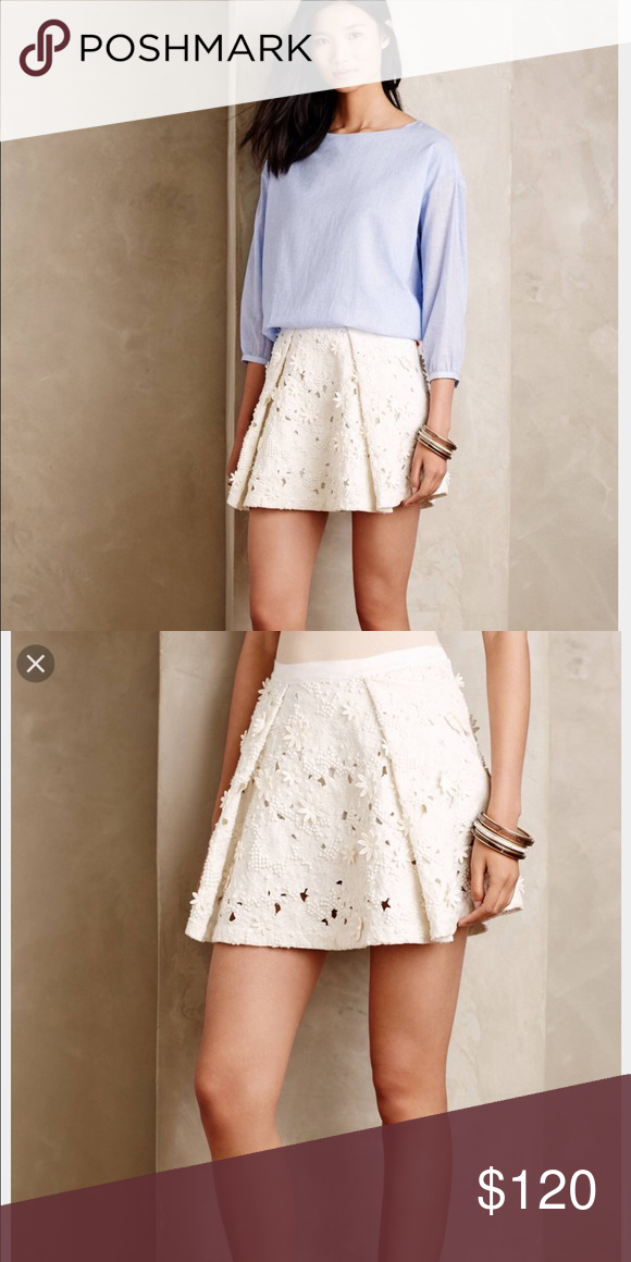 Vanessa Bruno Athe floria printed mini skirt. NWT Beautiful 3D details. New with tags- french size 38 or a us 6 Isabel Marant Skirts Mini