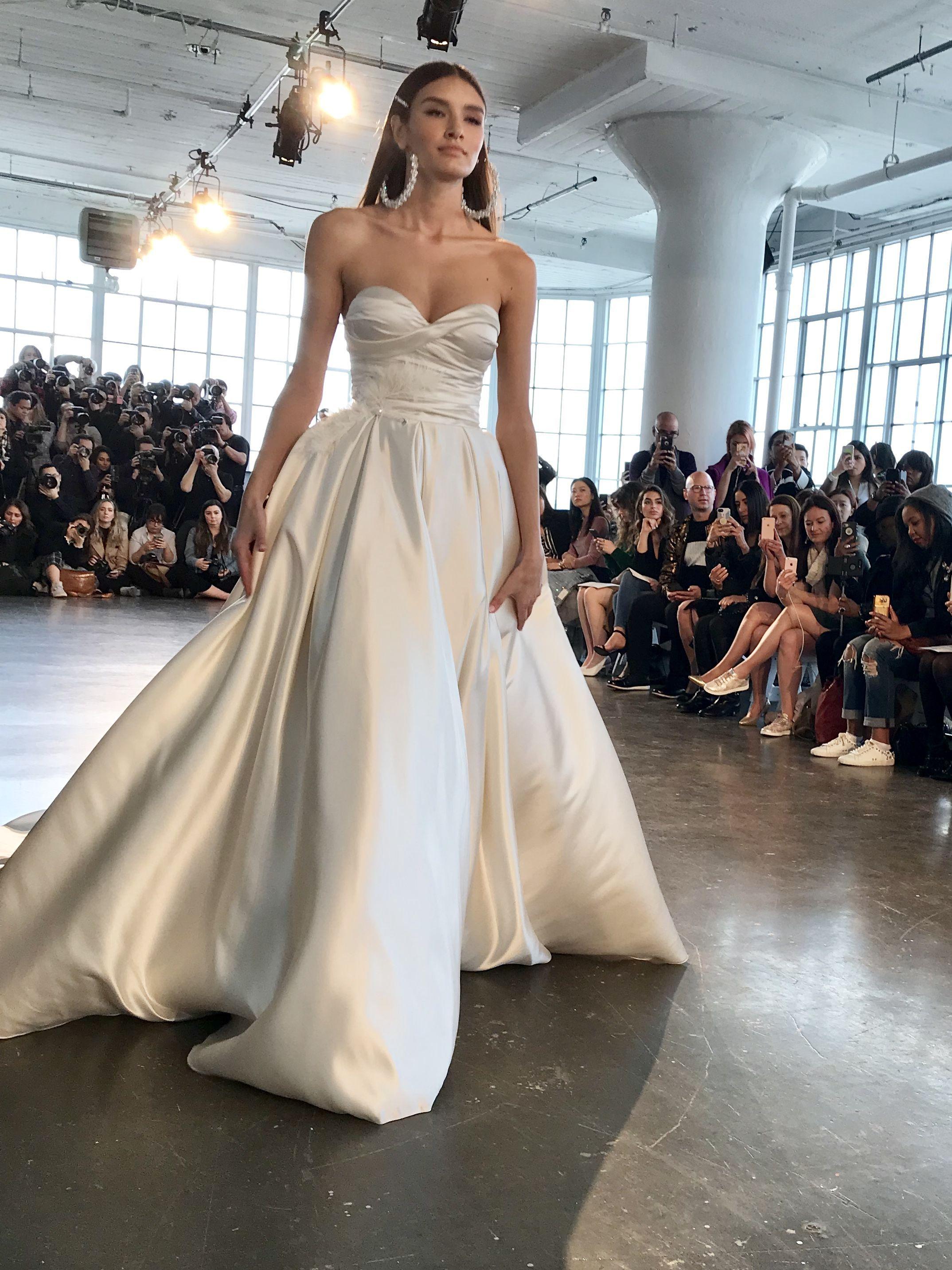 Metal Flaque découvre la collection 2020 des robes de mariée
