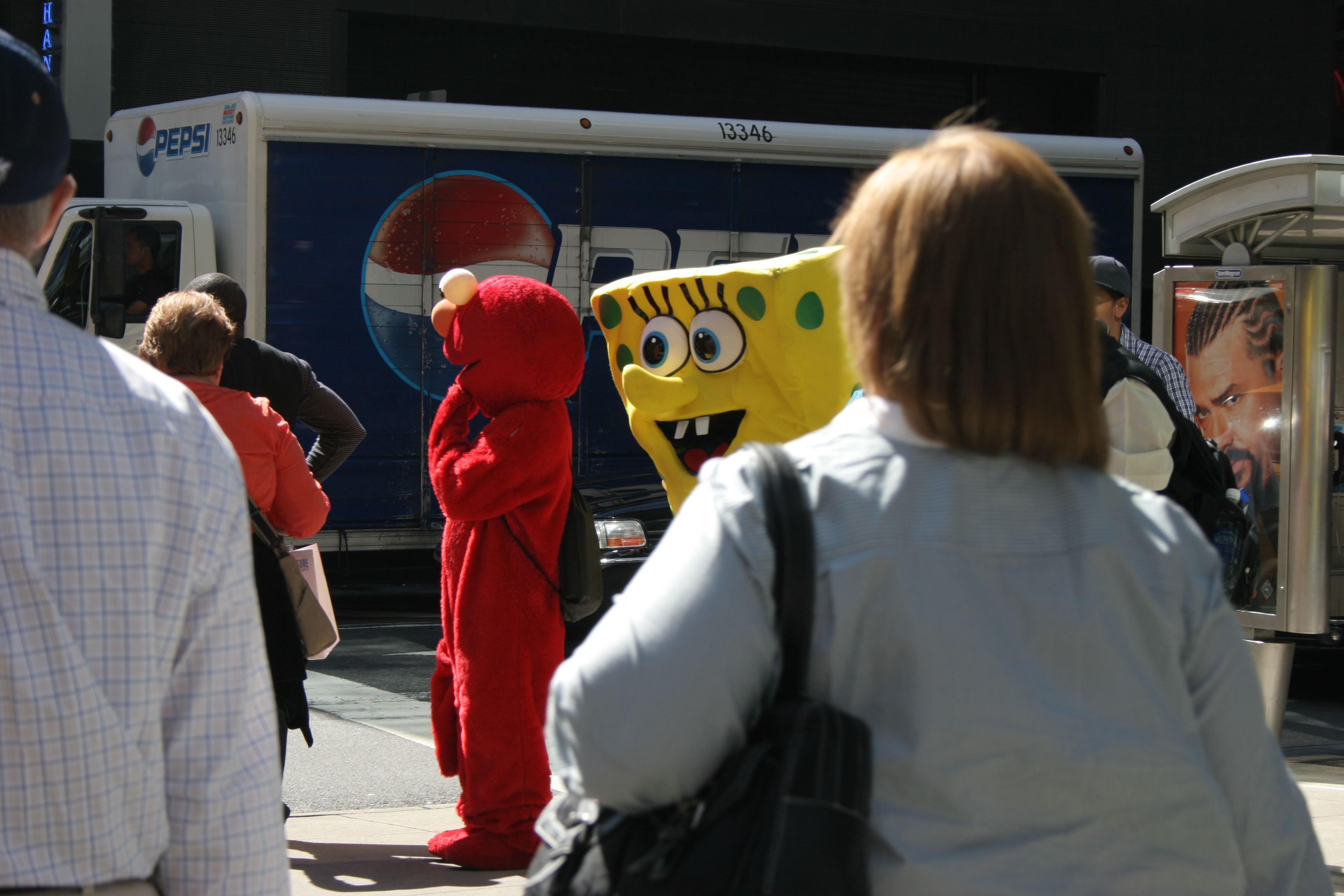 Elmo und Spongebob