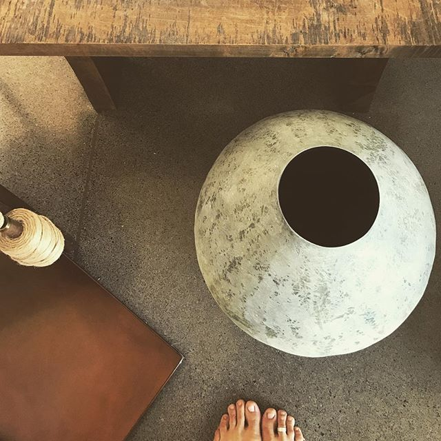 Even the floor felt good.  A morning spent in the beautiful modern barn of @clothandgoods  Simple beauty in every corner. . . #barefoot #grateful #simplebeauty #wabisabi #modern #barn #earthtones #maui #haiku #hawaii #handmade #inspiration