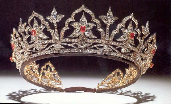Queen Victoria's Indian Tiara. The original opals were replaced by Queen Alexandra