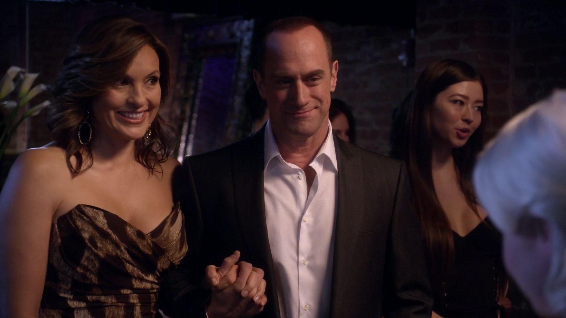 Benson Stabler Undercover In Season Twelve Law Order Svu Law