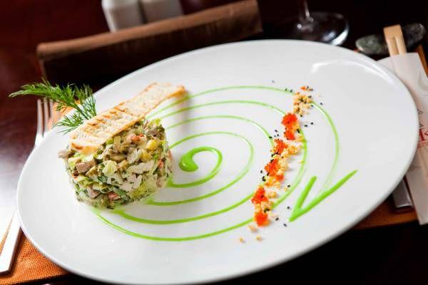 Как приготовить салат из тунца консервированного