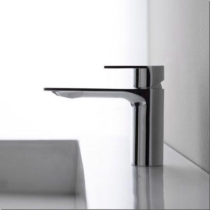 Robinet mitigeur de lavabo vasque  poser sur meuble de salle de