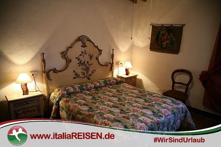 Webcode: IT-GTGI, Schlafzimmer, Toskana, Italien, Urlaub, Reisen ...