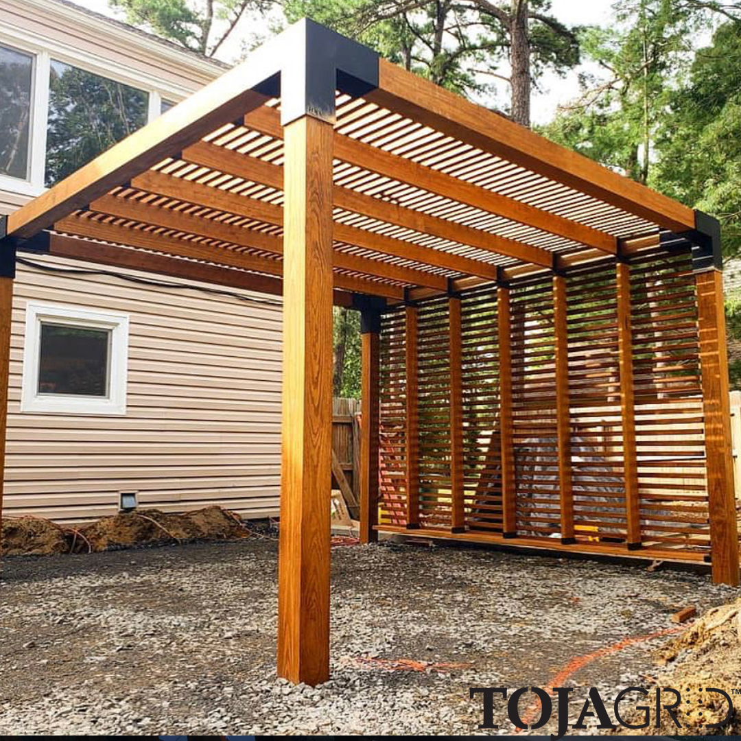 Tbt To This Awesome Build By Premieroutdoor The 6x6 Bracket With 2x6 Rafters And 2x2 Slats On The Top And Sides Ma Outdoor Pergola Backyard Pergola Backyard