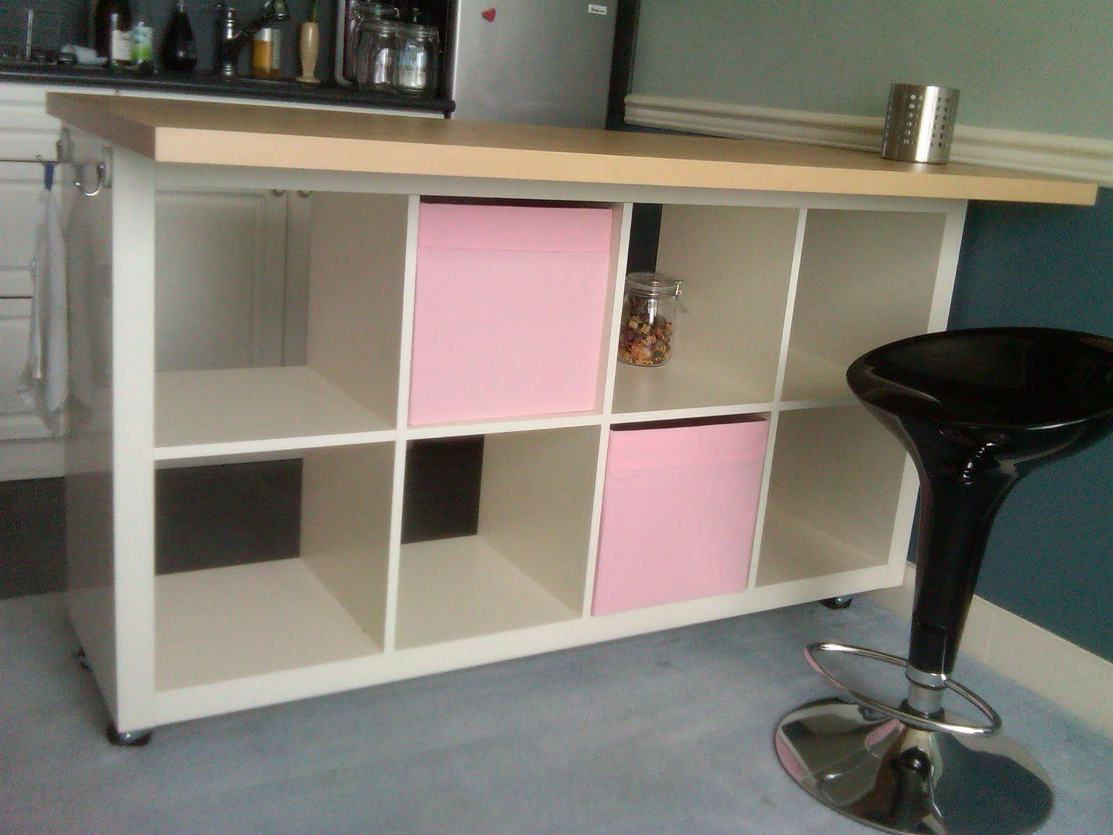 Diy Case Kitchen Island materials: expedit 2×4 bookcase, vika amon table top, casters from