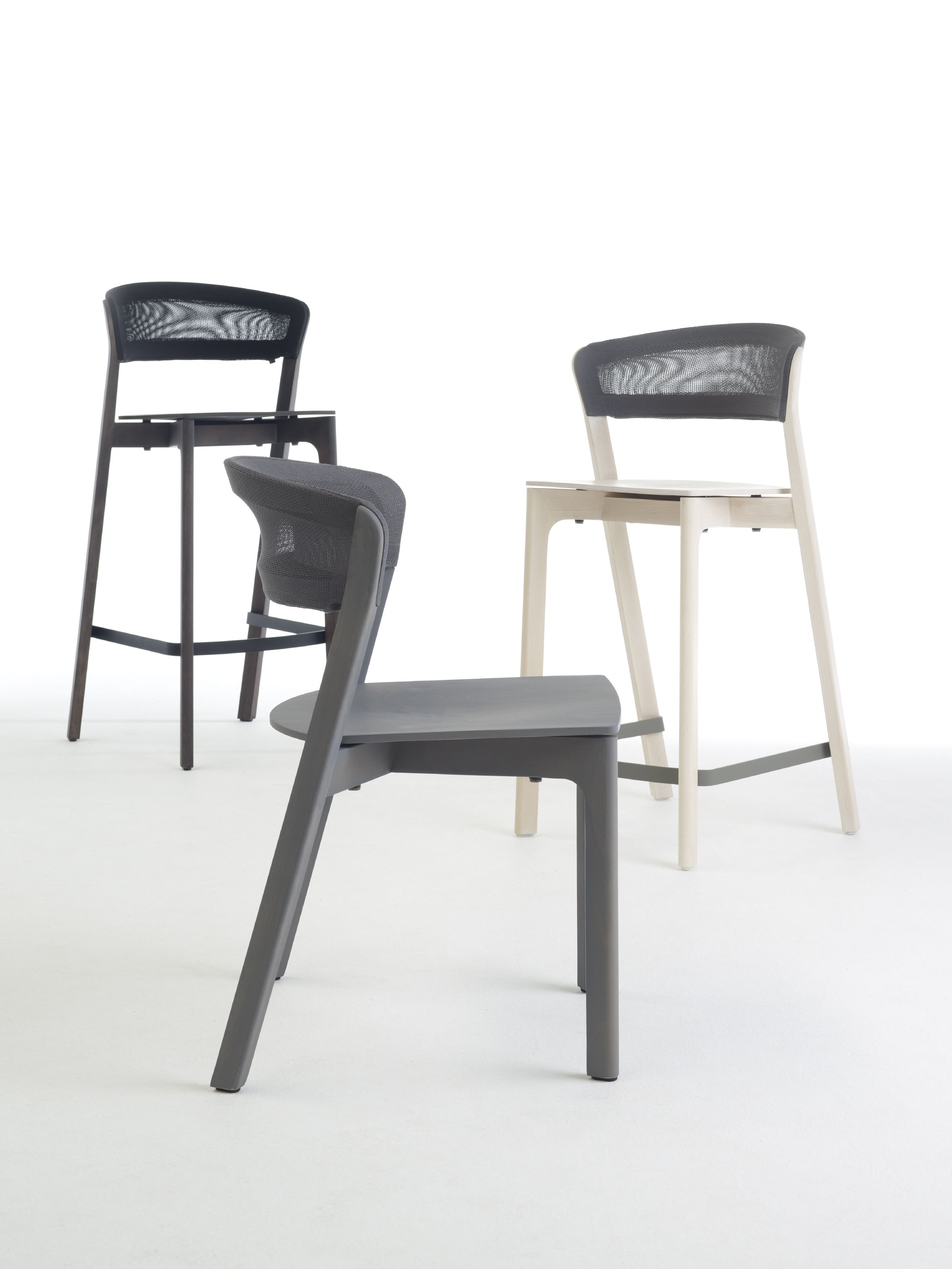 Restaurant chair cafe chair from Arco designer Jonathan Prestwich – Grahl Chair
