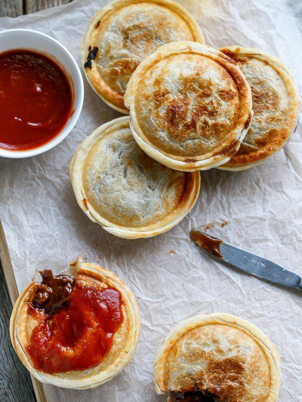 Recipes-Only | SLOW COOKER STEAK AND GRAVY PIES | Slow ...