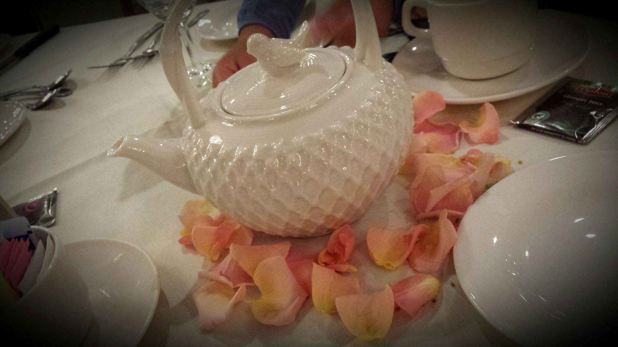 Recent Mad Hatter Tea Party Theme, cute tea pot centerpieces...