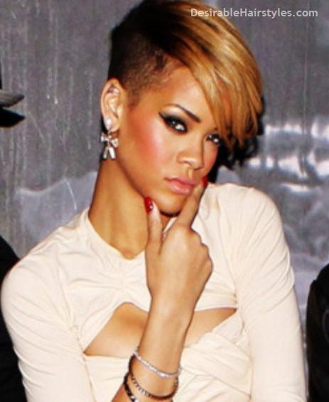 15 Eyecatching Looks Featuring Rihanna S Short Hairstyles Hairtypes Rihanna Short Hair Rihanna Hairstyles Rihanna Short Haircut