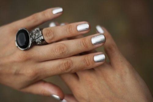 not-tacky silver nails
