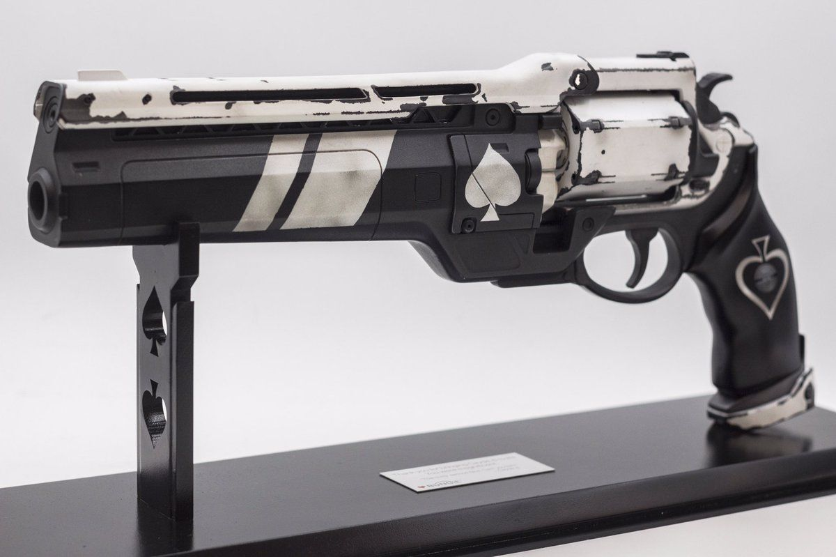 d7e5c2926d4 Nathan Fillion Has His Own Destiny Gun