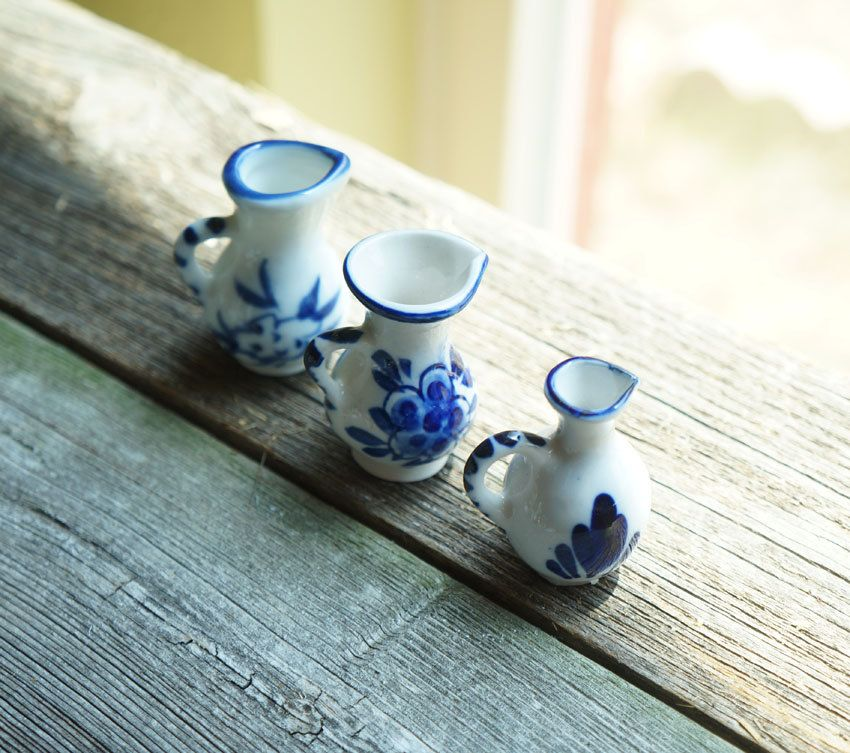 Set of 3 Vintage Small Mini Delft Blue Bud Vases Pitchers Holland Hand Painted…