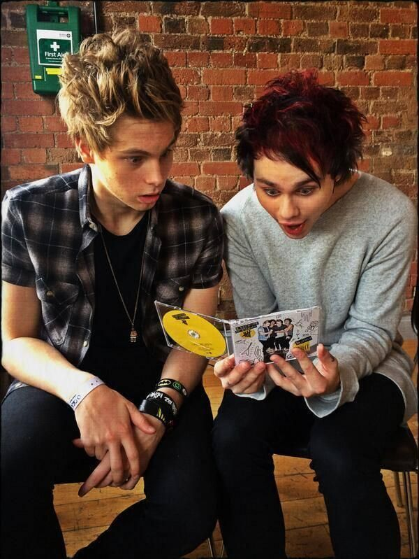 Mikey and Luke | How cute are these two?!? Nawww