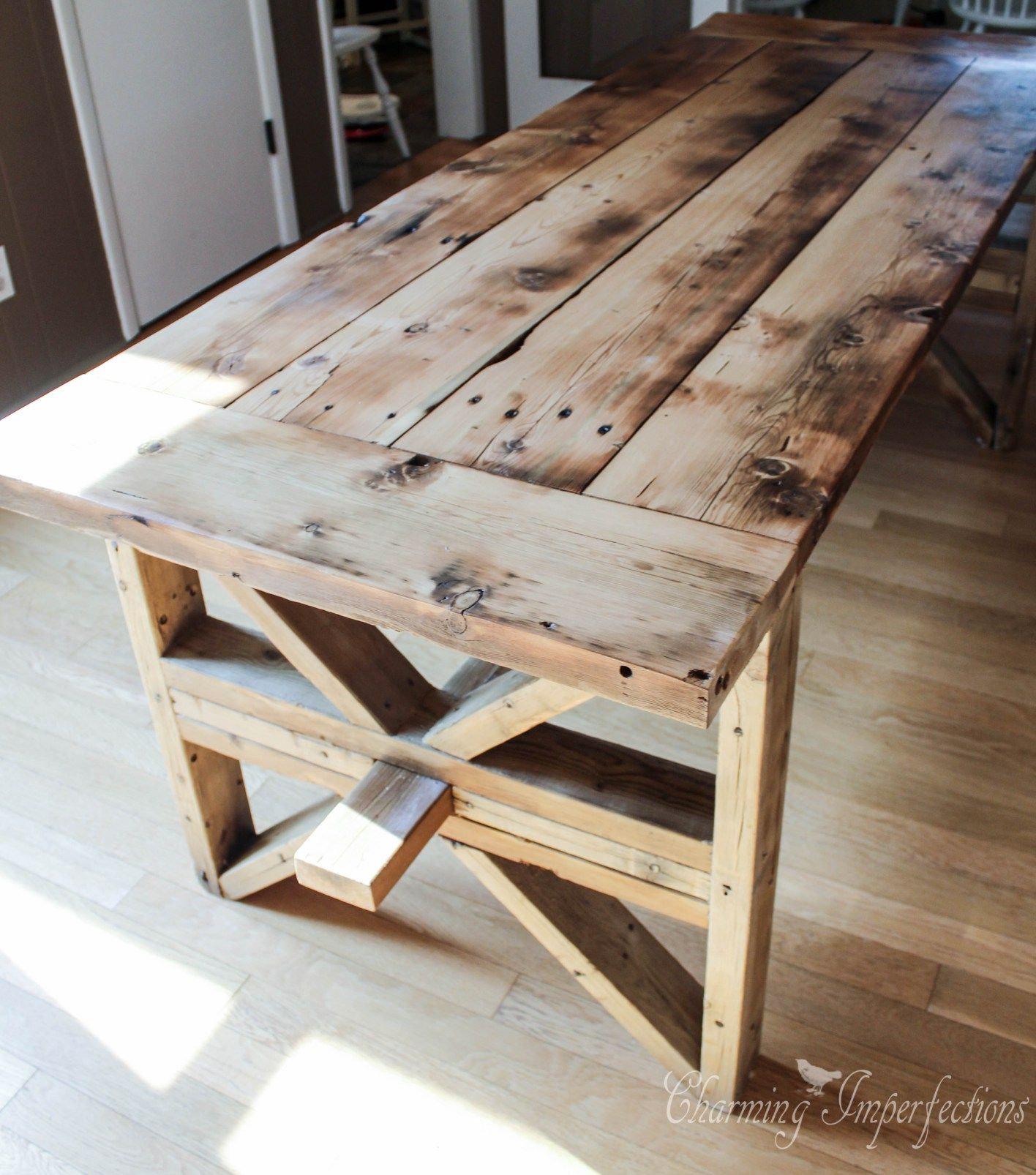Diy farmhouse table with 2 style options for legs diy