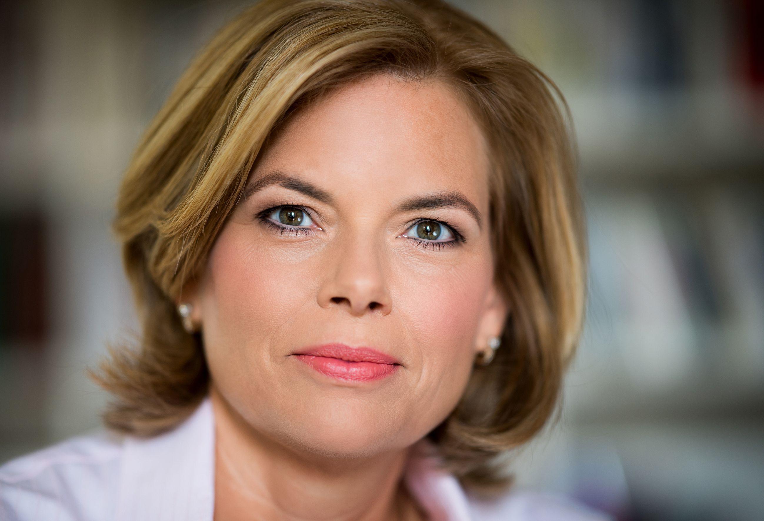 Pressebild Julia Kloeckner 2017 6 Jpg Julia Klockner Maria Furtwangler Kurze Haare