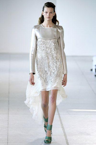 Antonio Berardi Spring 2012 Ready-to-Wear Collection - Vogue