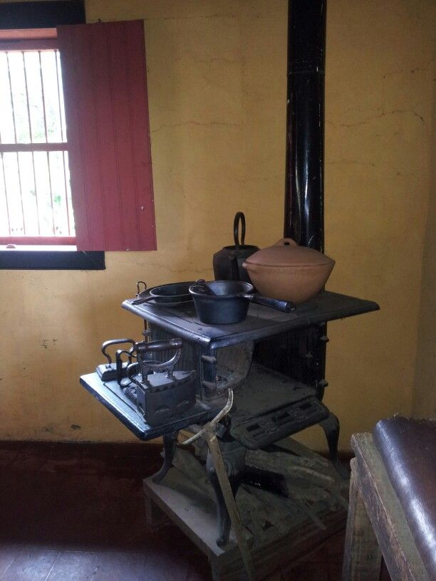 Cocina de le a antigua costa rica pinterest stove - Cocinas rusticas de lena ...