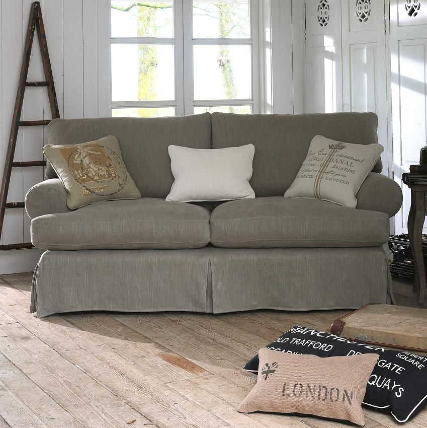 We love the chilled out style of this Avignon Sofa from Multiyork.