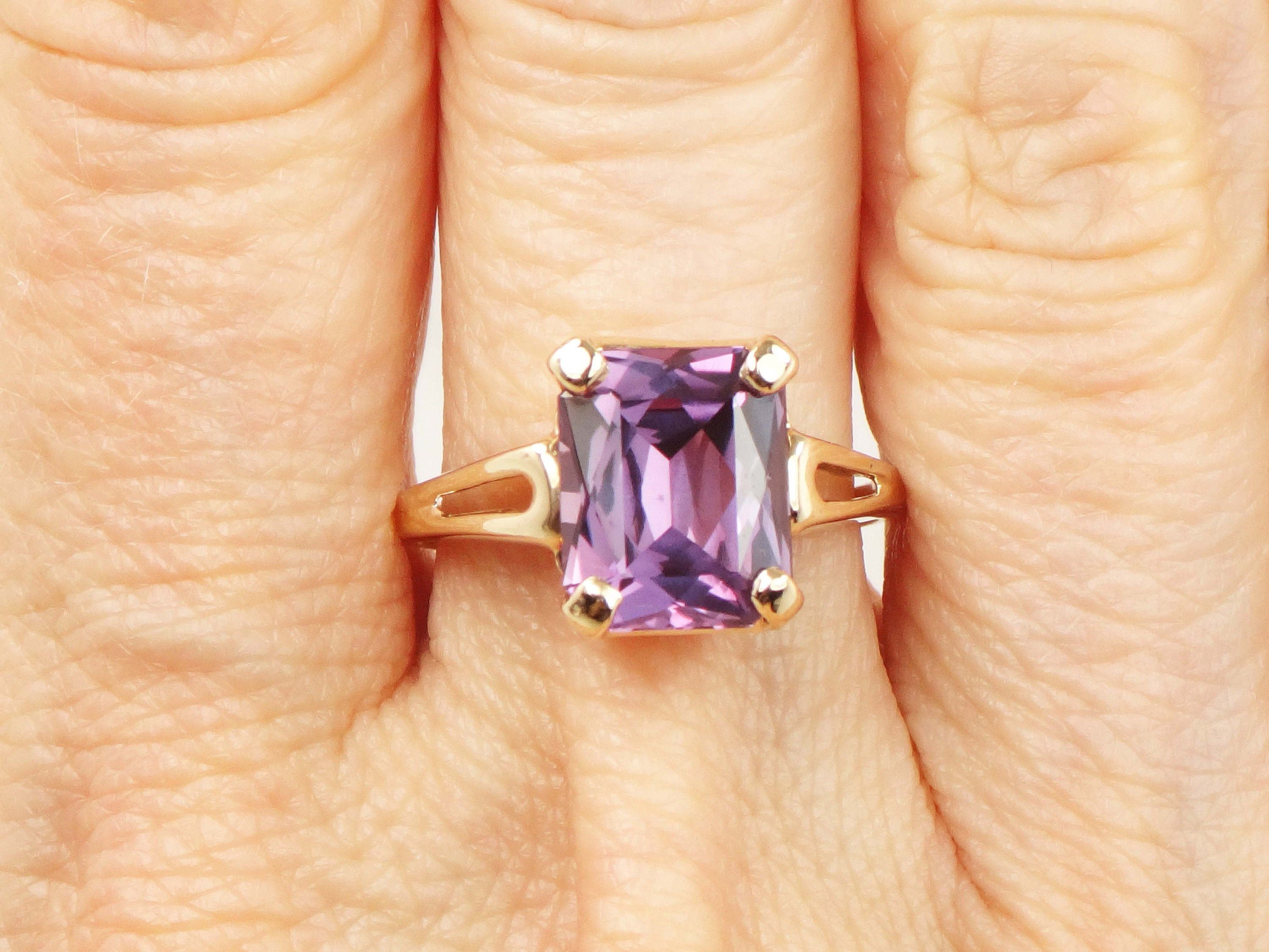Vintage 10k Gold Ring Yellow Gold Ring Purple Sapphire Ring Amethyst Color Ring Size 6 3 4 Purple Stone Purple Sapphire Ring Purple Stone Rings Purple Sapphire