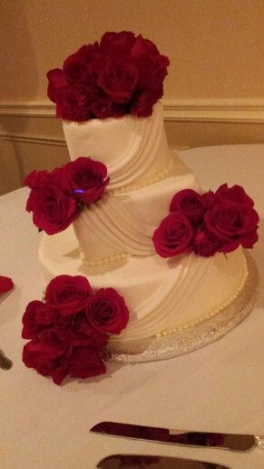 White Swags Red Roses Traditional Wedding Cake By Sweet Blessings Lou