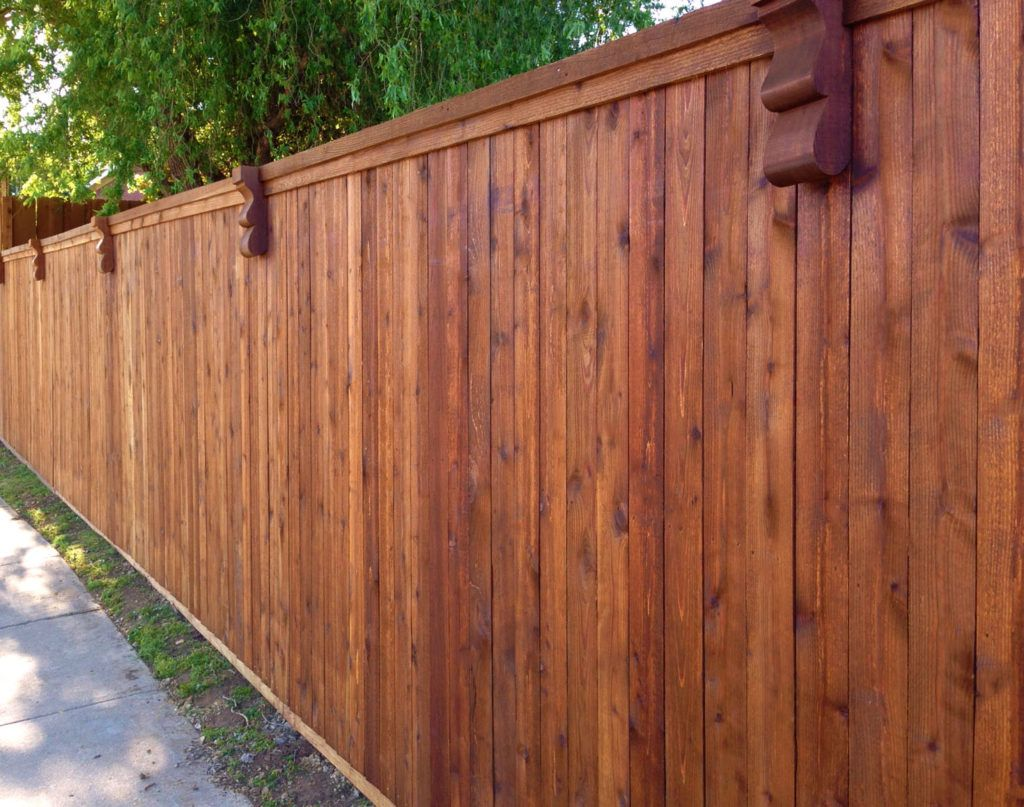 Google Image Result For Https Abetterfencecompany Com Wp Content Uploads 2017 05 Budget Cedar Fences Low Cost Ce In 2020 Fence Styles Wood Privacy Fence Fence Prices