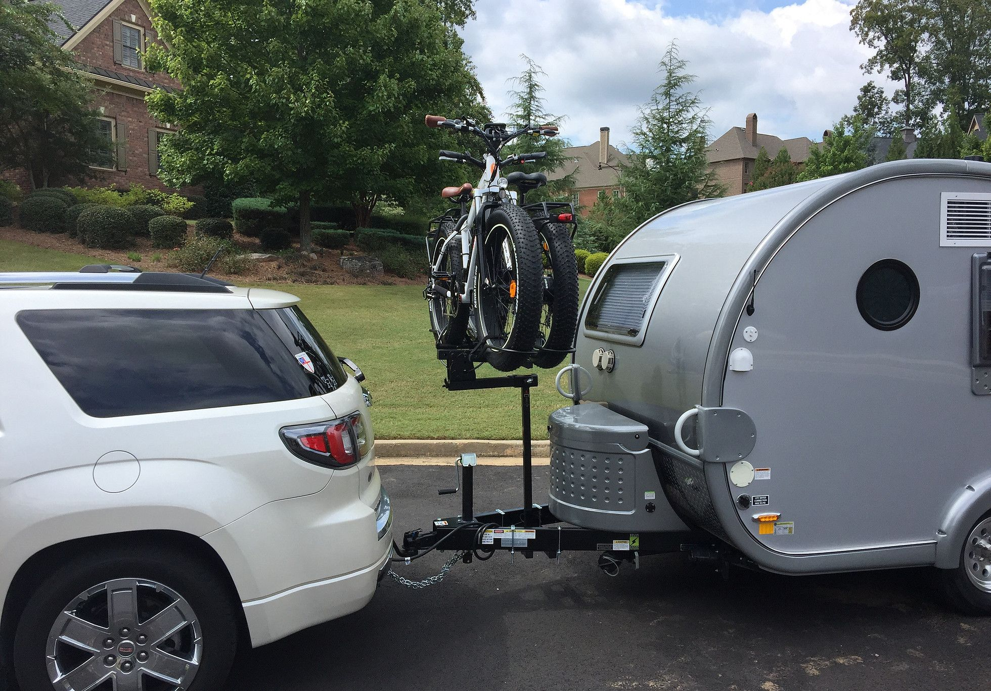 Up N Front Allows You To Carry Your Bikes On The Front Of Your Trailer Above Your Batteries And Propane Tanks With Less Bounce And Bike Rack Bike Propane Tank